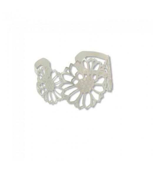 Batik Bracelet. Silver Flower