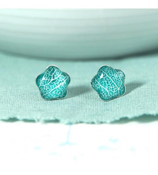 Tilia tomentosa - Silver Linden Veins. Turquoise Flower