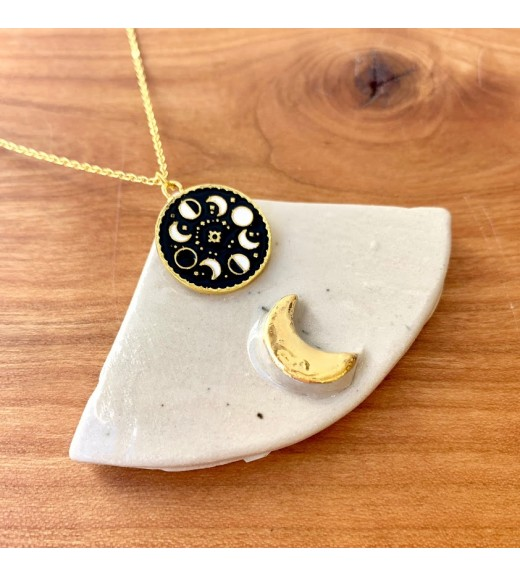 Spells and Magic Pendant - Moon Phase. Golden